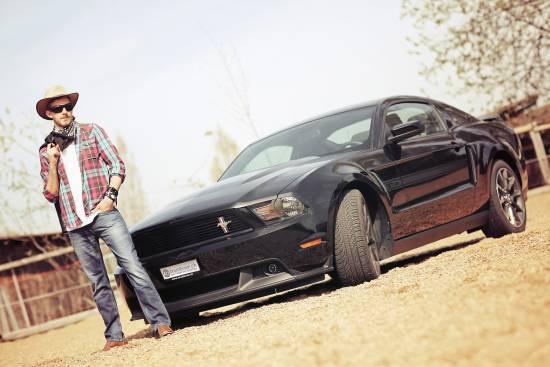 Header Ford Mustang